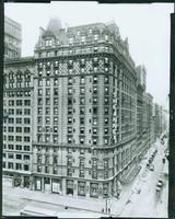 The Annex Hotel, Broadway at West 32nd Street, New York City, 1918. (Roege 9360)