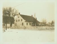 Gravesend: C. Lake House, built 1820, east side of Van Sicklen Street at [between?]  Village Road South and Neck Road, 1923. Demolished by 1937.
