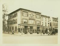Flushing: David Muster House, northwest corner Main Street and Church Street [i.e. Garden Street], 1922.
