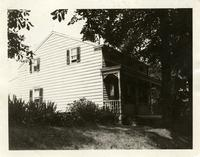 Newtown: 17 Elmhurst Avenue, north side, west of Ithaca Avenue [i.e. Ithaca Street?], 1922. William Card lived here.