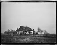Flushing: Derrick Brinckerhoff House (later Skidmore), Black Stump Road east of Fresh Meadow Road, [1922?].