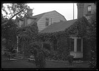 Brooklyn: Moses Suydam House, [194 Bainbridge Street near Reid Avenue, 1922. Later known as Hussey House.]