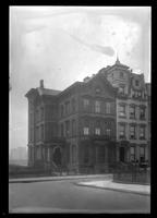 Brooklyn: Leggett House, [220-224 Columbia Heights, west side north of Pierrepont, 1922.]
