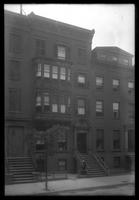 Brooklyn: Paff House (left, bay window), [and Ripley House (i.e. Ryder House?) (right), Hicks Street, 1922.]