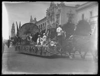 Admission Day Parade, California State Float, Panama-California Exposition, San Diego, California, September 10, 1915.