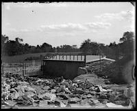 Bison house under construction, New York Zoological Gardens [the Bronx Zoo], Bronx, N.Y., 1899.