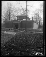 Aquatic Birds House nearing completion, New York Zoological Gardens [the Bronx Zoo], Bronx, N.Y., 1899.