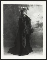 Julia Marlowe, undated [circa 1900-1910].