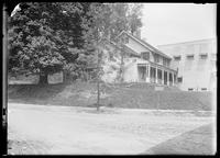 House at 239th Street and Spuyten Duyvil Parkway, Bronx, New York City, May 19, 1912.