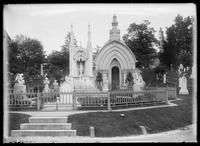 The Dewey monument and others in Greenwood Cemetery, Brooklyn, New York City, undated (ca. 1890-1910).