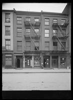 101 Maiden Lane (Robert L. Bracklow, stationer) and 103 Maiden Lane (the Anchor Packing Company), New York City, 1916.